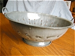 Click here to enlarge image and see more about item graniteware60529: Antique Graniteware Gray Collander