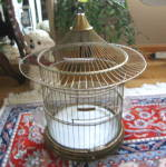Click here to enlarge image and see more about item hendryx020210: Vintage Hendryx Birdcage Brass Pagoda