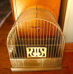 Click here to enlarge image and see more about item hendryx070710: Vintage Hendryx Birdcage