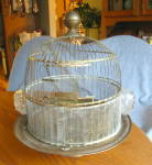 Click here to enlarge image and see more about item hendryx090910: Hendryx Domed Pedestal Birdcage