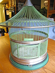 Click here to enlarge image and see more about item hendryx100306: Antique Hendryx Bird Cage