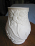 Click here to enlarge image and see more about item hullvase82008: Hull Pottery Crabapple Vase