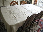 Click here to enlarge image and see more about item linen10713: Linen Tablecloth and Napkins