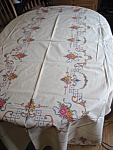 Click here to enlarge image and see more about item linens100108: Embroidered Linen Tablecloth w/Napkins