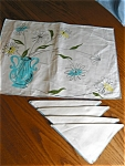 Click here to enlarge image and see more about item linens30609: Vintage Placemats and Napkins