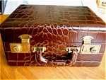 Click here to enlarge image and see more about item luggage90507: Vintage Ohroack's Travel Suitcase