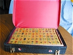 Click here to enlarge image and see more about item mahjong110510: Vintage Bakelite Mahjong Game Set