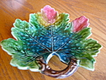 Click here to enlarge image and see more about item majolica50704: Majolica Leaf Tray