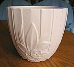 Click here to enlarge image and see more about item mccoy100713: Vintage McCoy Lotus Jardiniere