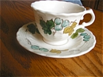 Click here to enlarge image and see more about item metlox80419: Metlox Vineyard Coffee Teacups Four