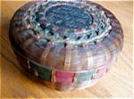 Click here to enlarge image and see more about item native20525: Vintage Iroquoian? Basket