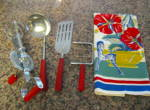 Click here to enlarge image and see more about item redbakelite1013: Red Bakelite Kitchen Utensils