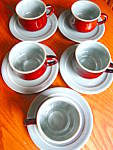 Click here to enlarge image and see more about item redwing1116: Red Wing Village Green Teacups