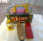 Click to view larger image of Vintage Shoeshine Box (Image2)