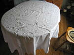 Click to view larger image of Vintage Oval Cotton Lace Tablecloth (Image1)