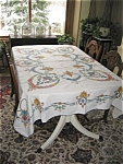 Click here to enlarge image and see more about item tcloth30418: Embroidered Linen Tablecloth w/Napkins