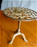 Click to view larger image of Vintage Brass Trivet Stand (Image1)