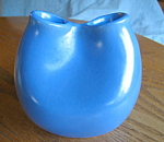 Click here to enlarge image and see more about item vase110808: Vintage Haeger Art Pottery Vase
