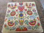 Click here to enlarge image and see more about item vpillow6013: Needlework Vintage Pillow