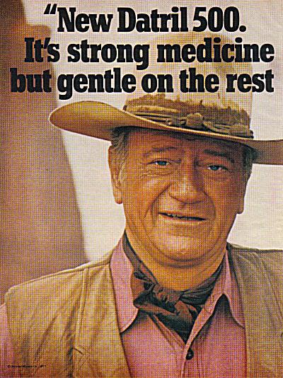 1977 JOHN WAYNE 2pg Datril 500 Ad (Image1)