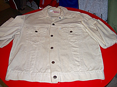 Rare Levis Trucker Denim Jacket Size 40 Tan Color Union