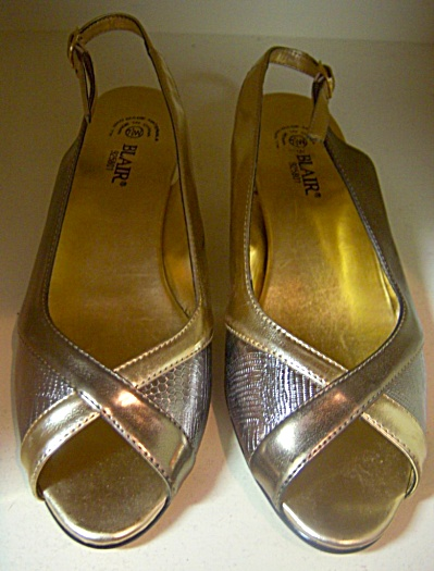 Vintage New Nos Shoes Retro Blair Patent Metallic Gold