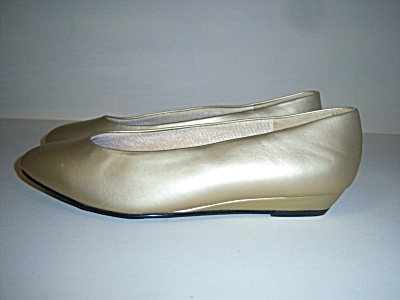 Vintage New Nos Shoes Aj A.j. Valenci Gold Flats Flat