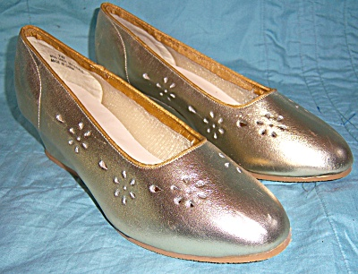 Vintage New Nos Shoes - Beacon Brand - Shoes Size 7 -