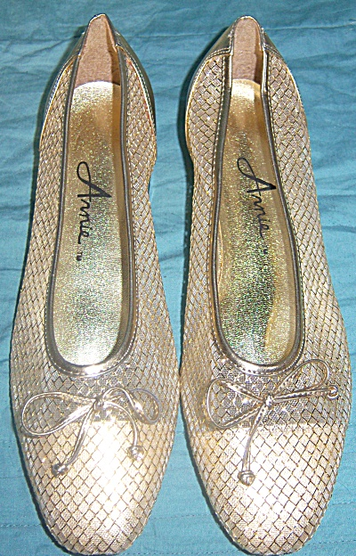 Vintage New Nos Shoes Arnie Gold Mesh Shoes Size 7 1/2