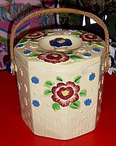 Vintage Moriyama Japan Majolica Bisuit Jar (Image1)