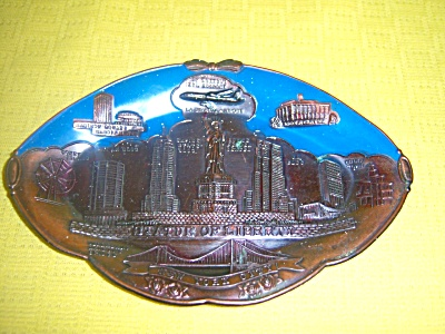 Vintage New York City Metal Wall Plaque Copper Enamel  (Image1)