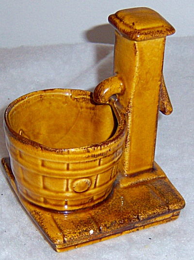 HTF Vintage Water Pump / Well Planter Brown Pottery (Image1)