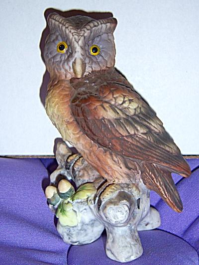 Vintage 1983 4.75 Lefton Owl Hand Painted Porcelain (Image1)