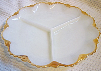 VTG Anchor Hocking Fire-King Milk Glass Divided Relish  (Image1)