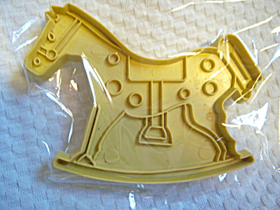 LOT 2 RARE Stanley Home Products COOKIE CUTTERS ~Rockin (Image1)