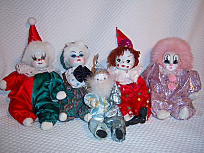 Collection ~ 5 PORCELAIN ~ CLOTH Face CLOWN CLOWNS ~  (Image1)