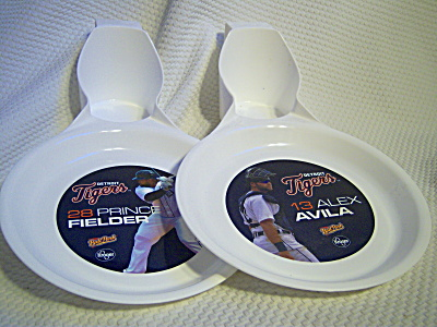Detroit Tigers ~ FIELDER & AVILA Plate and Cup Holder  (Image1)