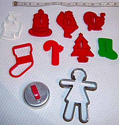 Lot 10 Hallmark - Wilton ++ Cookie Cutters - Gingerbread