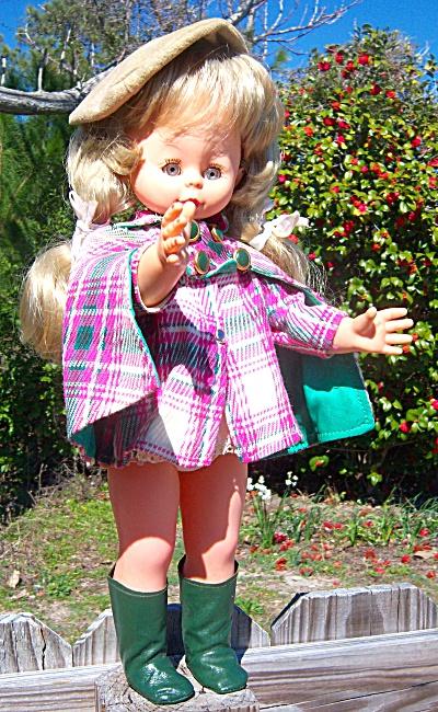 Vintage Doll MOD - GOGO Boots Nancy Sinatra Furga Italy (Image1)