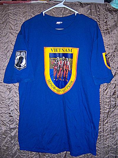 VINTAGE Vietnam War Honor Service Pride POW MIA T-Shirt (Image1)