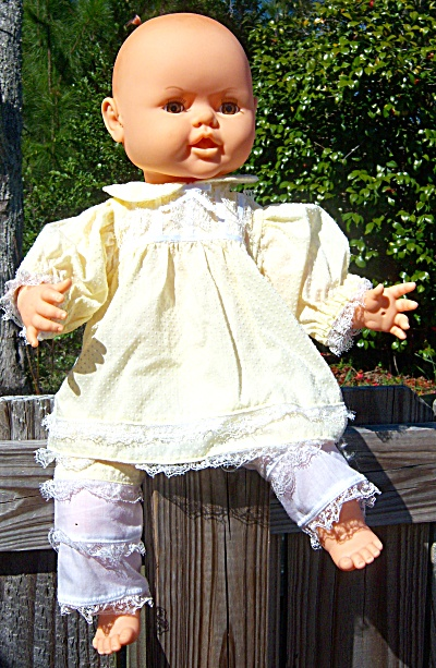 Vintage Jesmar Baby Doll from Spain Hair Sprig Large Li (Image1)