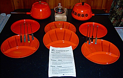 HUGE Lot Vintage ORANGE Fondue Pot / POTS Lids Pans 16p (Image1)