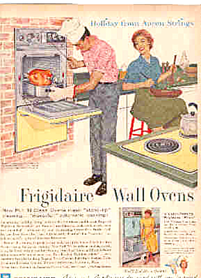 1960 Frigidaire Wall Oven MAN COOKING Kitchen (Image1)