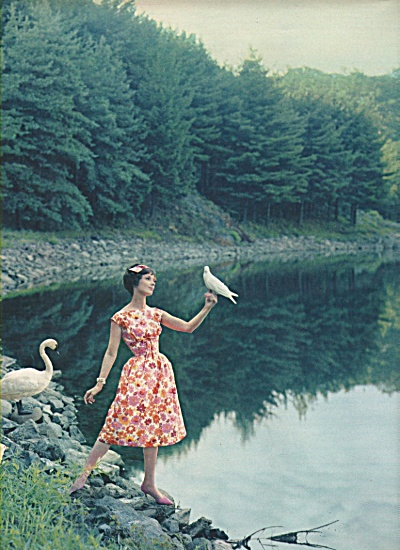 1958-Seventeen magazine-Fashion Models spread 10pg (Image1)