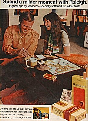 Raleigh cigarettes ad 1972 PLAYING SCRABBLE (Image1)