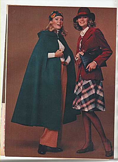 Women's clothes - 10 looks from 2 outfits - MODELS 1974 (Image1)