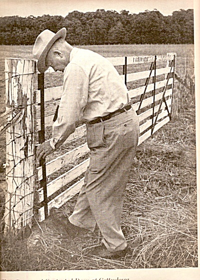 PRESIDENT DWIGHT D. EISENHOWER  on the farm 1961 (Image1)