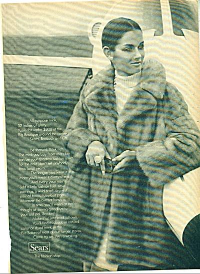 1969 SEARS VERONICA HAMILL Mink FUR AD (Image1)