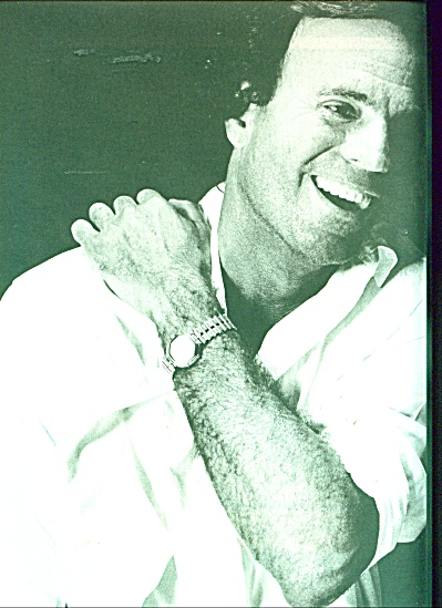 Julio Iglesias article and picture   - 1986 (Image1)
