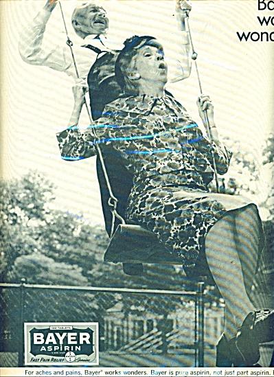 1965 MAW - PAW SWINGING Bayer Aspirin AD (Image1)
